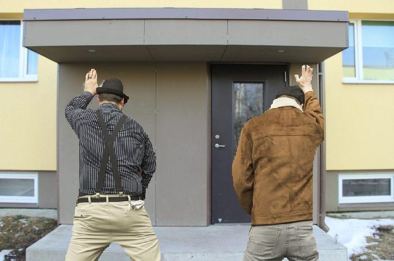 """Lasnamäelased hädas avalikult urineerijatega: """"Nüüd väidab iga parm, et osaleb filmivõtetel!"""""""